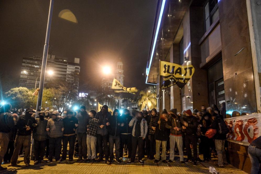 2015 09 22 Represion Uruguay 001