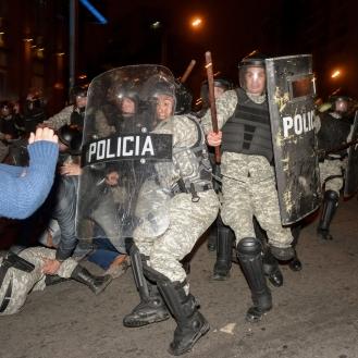 2015 09 22 Represion Uruguay 022